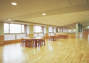 Large img facility05